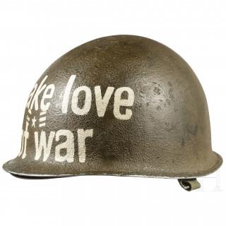 "Stahlhelm US M1 ""Make love, not war"", USA, 1960er - 1970er Jahre"