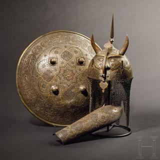 Geschnittene, gold- und silbertauschierte Rüstungsgarnitur