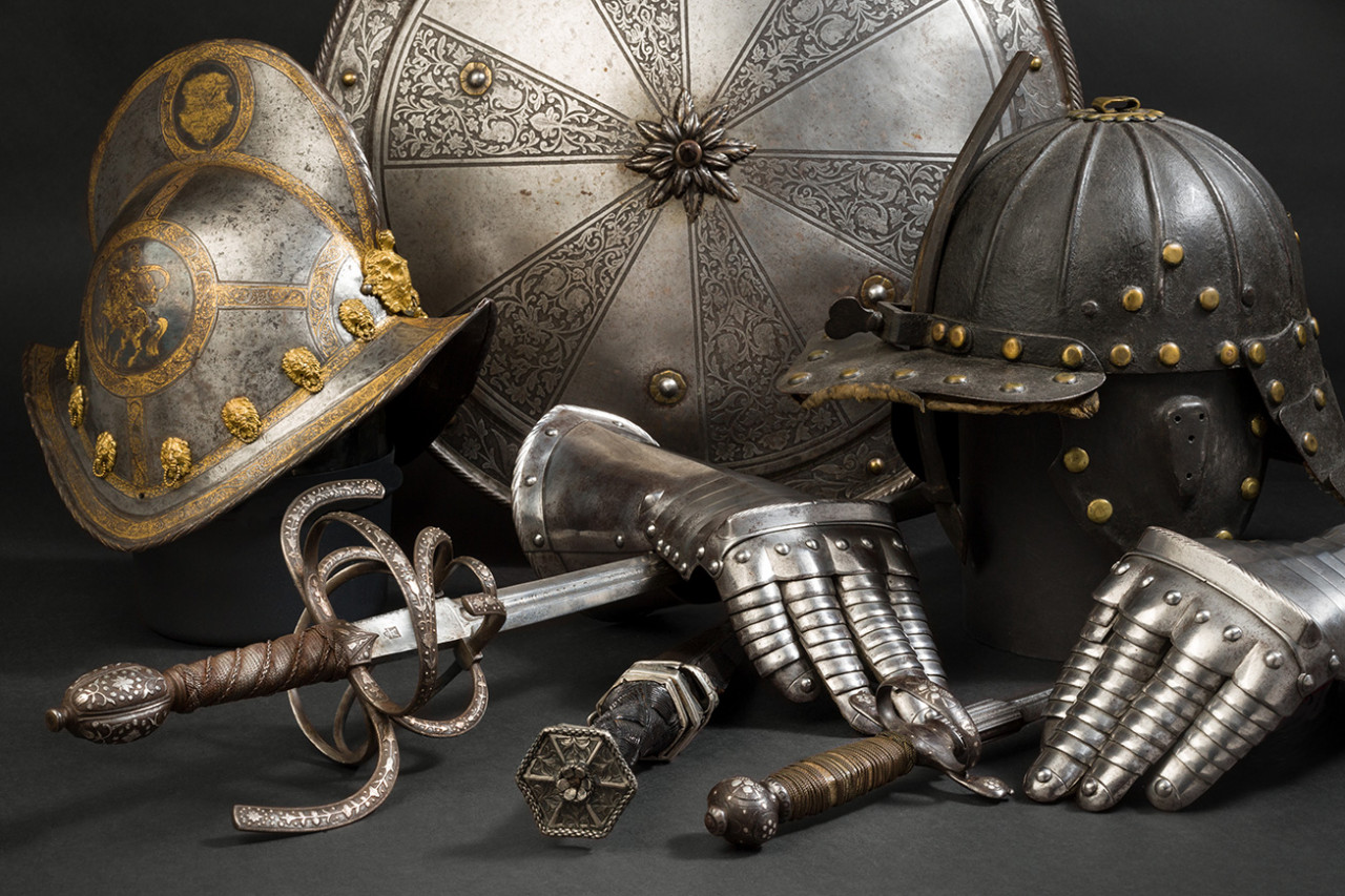 Antike Waffen