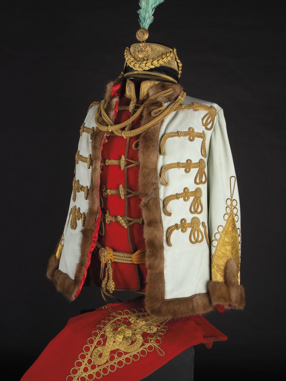 281428_Uniform